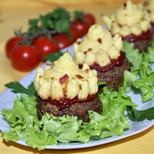 Meat cupcakes