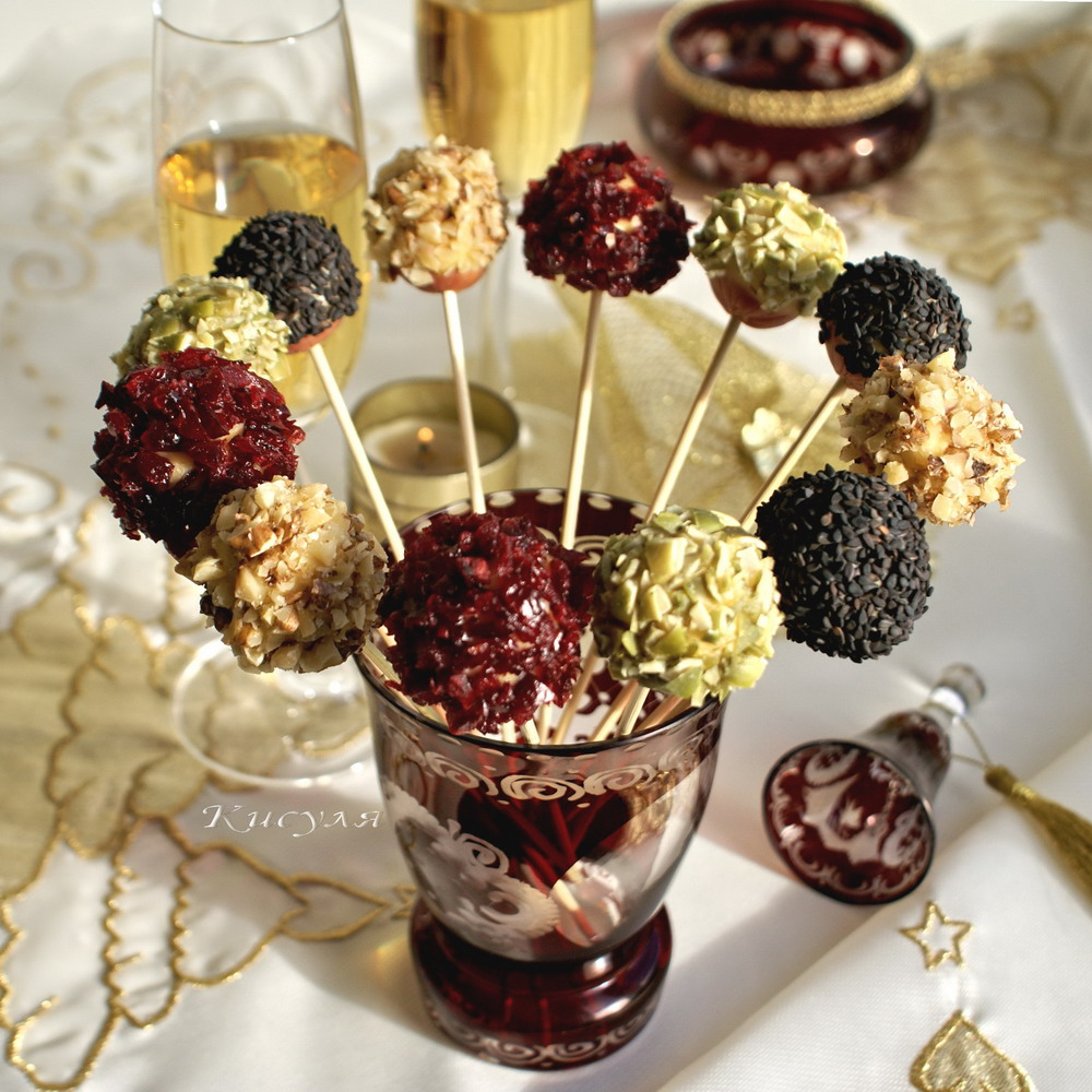 "New year appetizer ""Ciciba on a stick"""