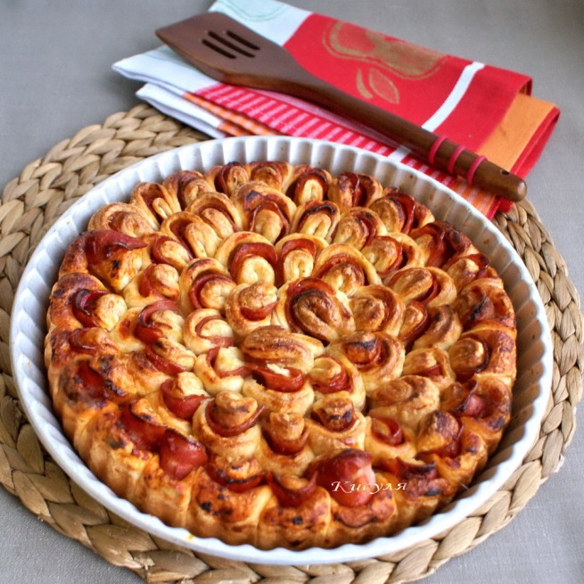 cake flower with bacon and ketchup
