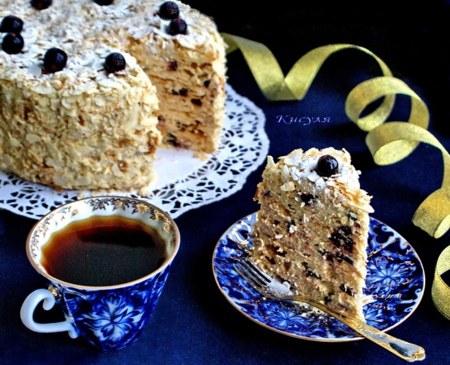 """Cake puff """"Stepan-Restrepo"""" with black currants"""