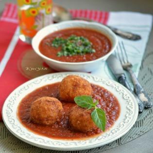 Arancini with Marinara sauce