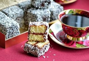 Australian cake the Lamington