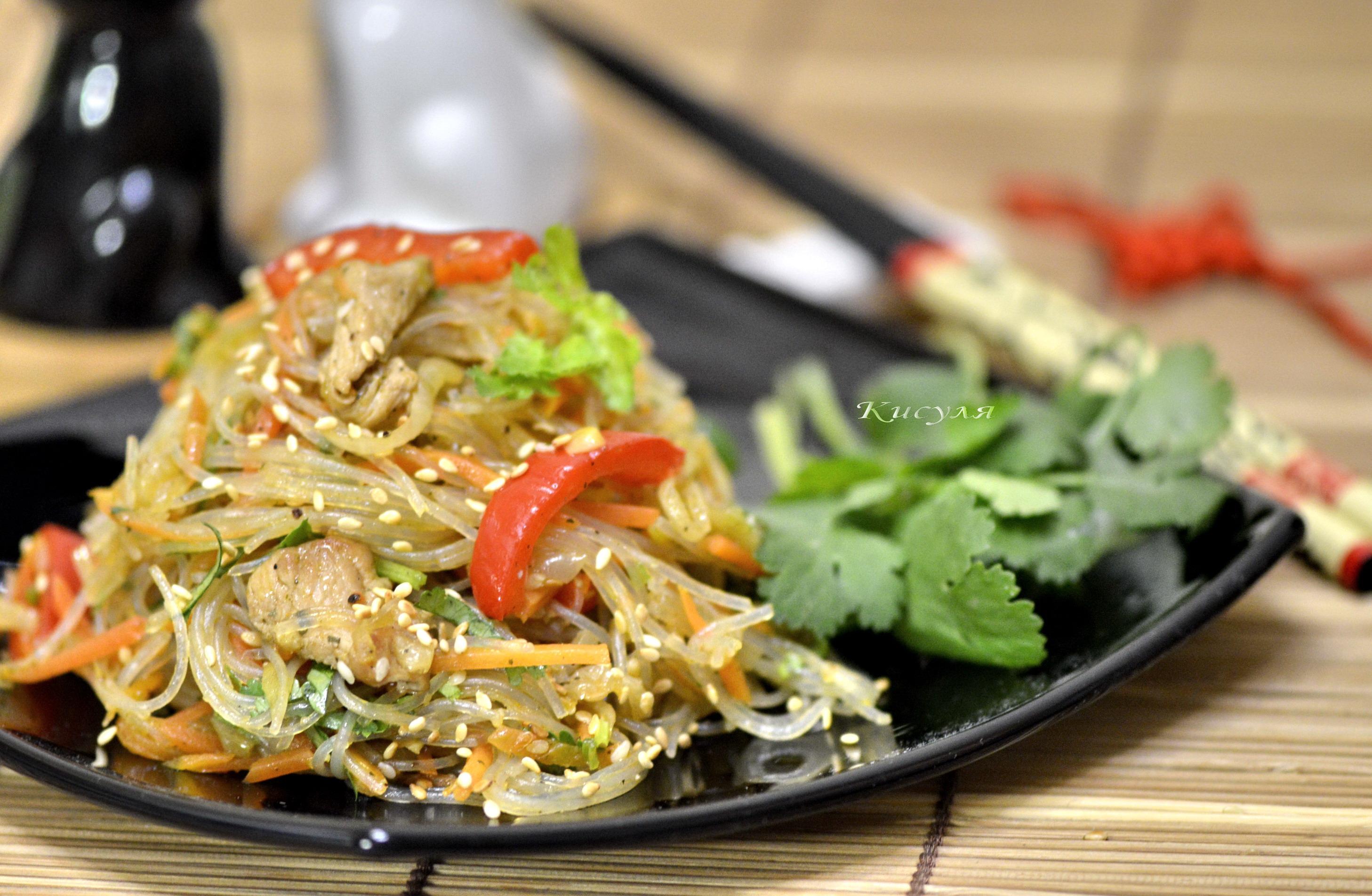 Фунчоза с курицей и овощами с соевым соусом рецепт пошагово